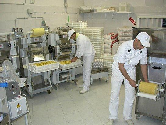 Macchine impianti produzione di pasta fresca secca e - Macchine per la pasta casalinga ...