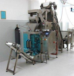 confezionatrice verticalepastafresca1 293x300 Industrial plants pasta factory prod 250 kg hour