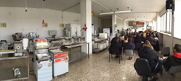 Sala demo corsi per aprire un pastificio